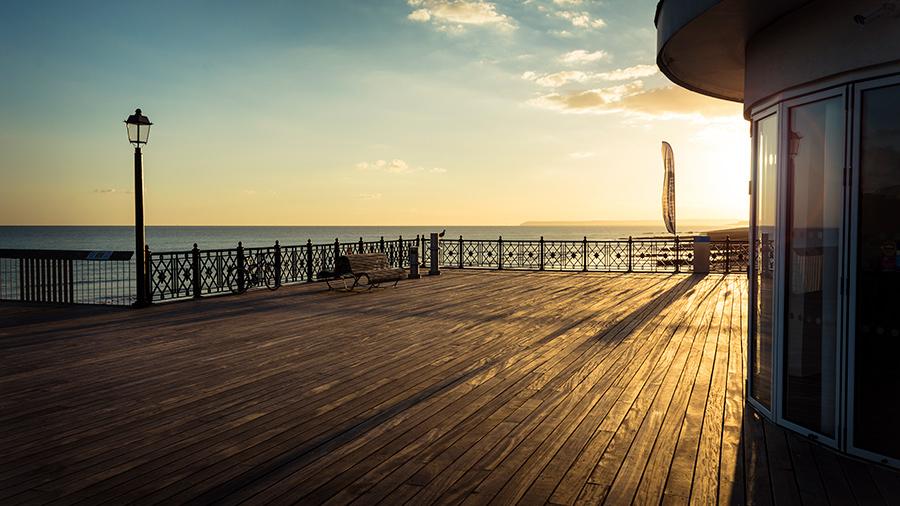 Puesta de sol sobre el mar. Viaje de fin de curso a UK